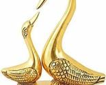 Kissing Duck Metal Decorative Showpiece (Gold)