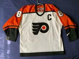 Men's vintage 90's Nike NHL Philadelphia Flyers jersey Eric Lindros #88 size 48 - $129.99