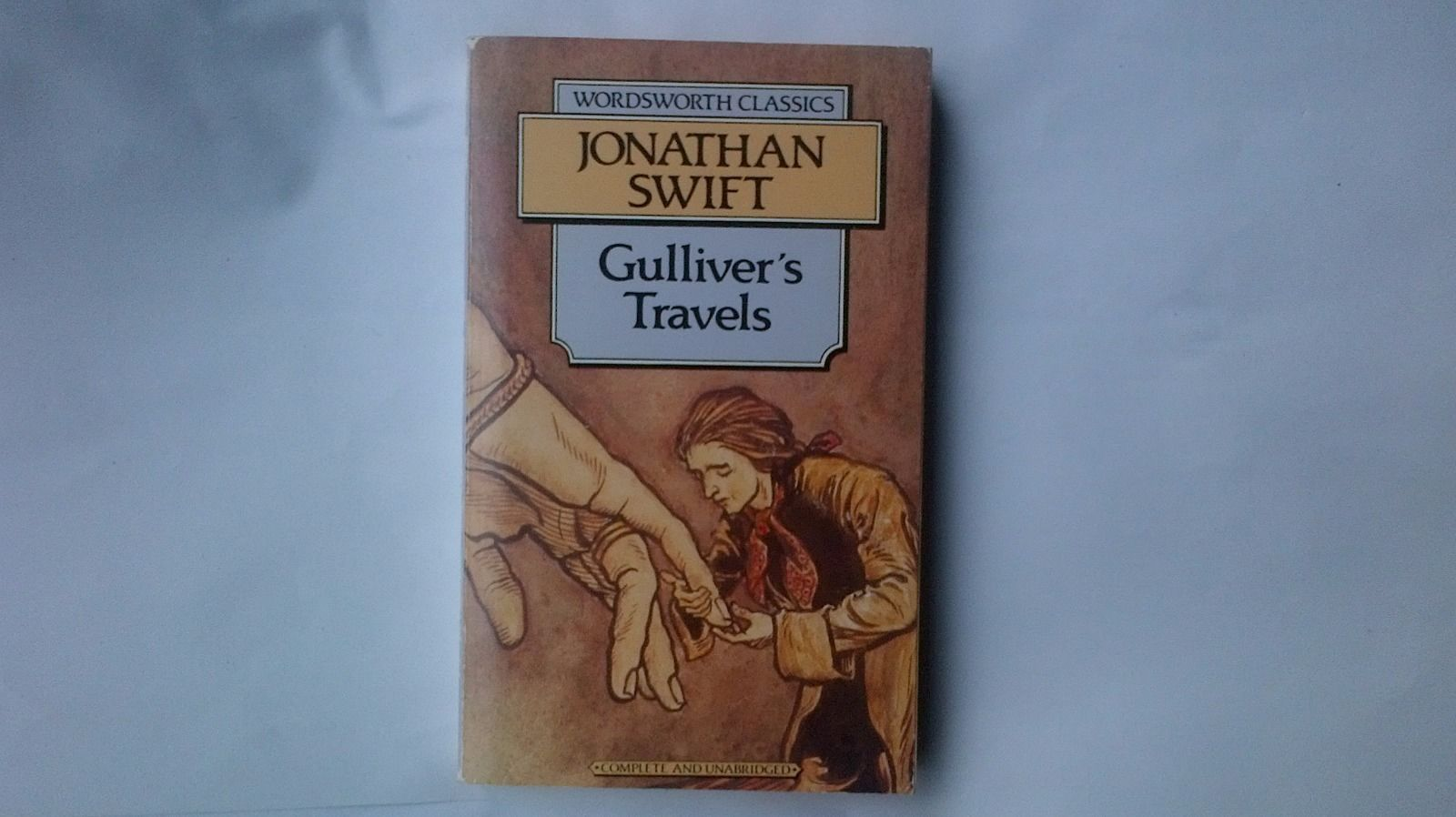 a movie synopsis of gullivers travels by jonathan swift