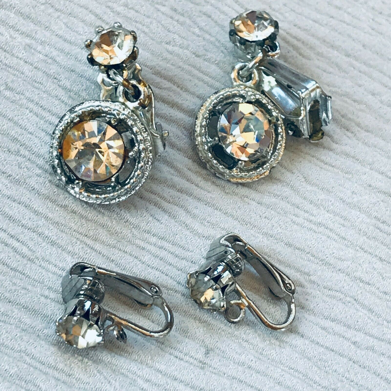 Primary image for Vintage Lot of 2 Clear Rhinestone Simple Round SIlvertone Dangle Clip Earrings –