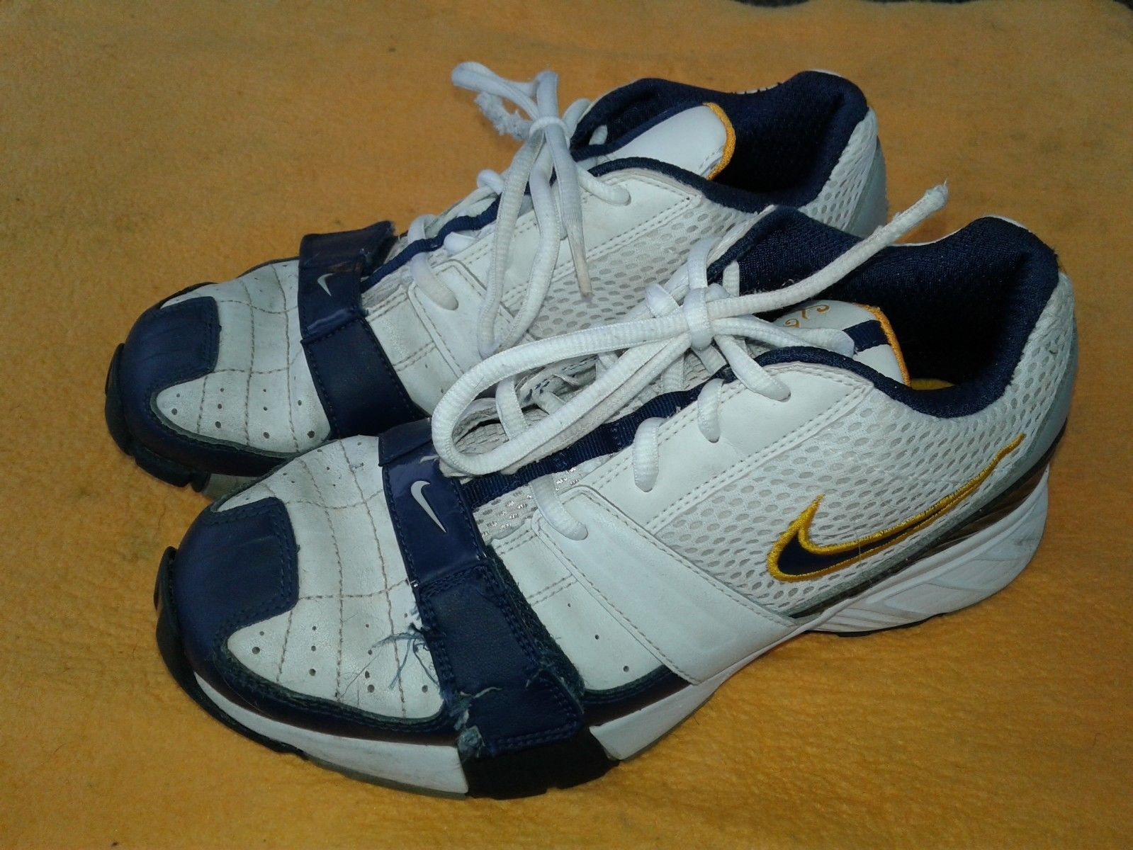 9484bce5a2 Nike Kids Scream LT (GS/PS) shoes! 7Y and 50 similar items