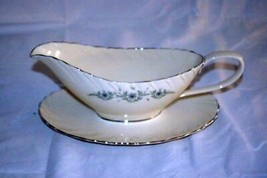 Lenox 1982 Musette Gravy Boat With Attached Under Plate  #F-507 - $159.38