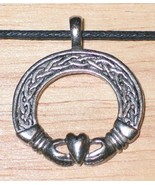 Claddagh Circle Celtic Visions Metal Pendant Necklace, NEW UNUSED - $7.84