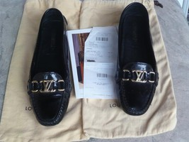 *NEW* Authentic Louis Vuitton Navy Loafers (close Up) New Flats - $326.86