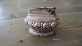 Vintage Ronson Silver Table Top Lighter 3 x 2.25 inches - $300.32