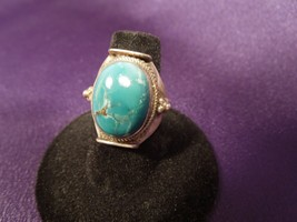 Exquisite Vintage Turquoise Cabachon Sterling Silver Ring, Sz 7 - $123.75