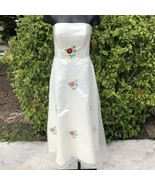 Ivory Formal Dress Women's Size 0-2 XS Floral Embroidered Roses Strapless - $54.95