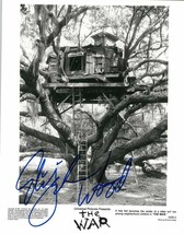 "Elijah Wood Signed Autographed ""The War"" Glossy 8x10 Photo - $29.99"