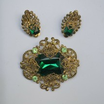 Vintage green rhinestone & golden filigree demi brooch & clip earrings W... - $34.64