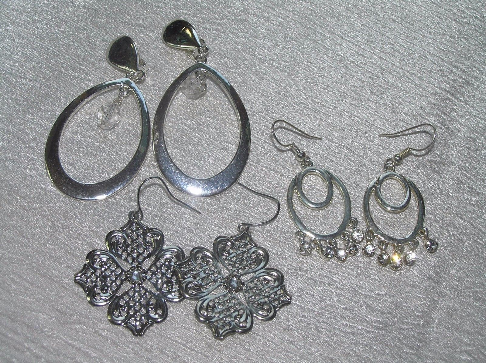 Primary image for Estate Lot of 3 Silvertone Open Ovals with Clear Rhinestone Plastic Bead Dangle