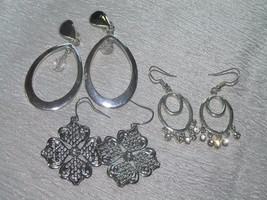 Estate Lot of 3 Silvertone Open Ovals with Clear Rhinestone Plastic Bead... - $12.19