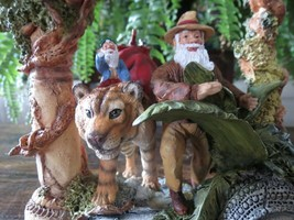 1998 MARURI Maruri's Santa's World Travels GUIDING TIGER Exotic Tropical... - $77.60