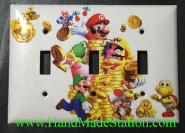 Super Mario Luigi & Coin Light Switch Duplex Outlet wall Cover Plate Home decor image 3