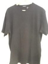 Liz Claiborne Short Sleeve Waffle T-Shirt V Neck Black M Medium EUC - $7.95