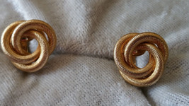 Vintage Sarah Coventry Sarah's Circles clip on earrings 1965 book piece - $15.00
