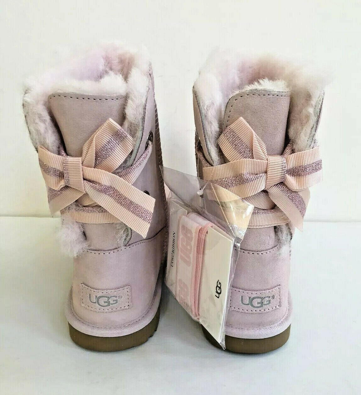 Primary image for UGG CUSTOMIZABLE BAILEY BOW II PINK KID/YOUTH US 6 - fit Women US 8 /EU 39 /UK 6