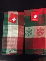 2 pc kitchen dish towel set Christmas Snowflake red green snowflakes gift - $2.95