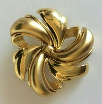 Vintage Monet Brooch Pin Floral Swirl Matte Shiny Gold Tone Large - $19.79