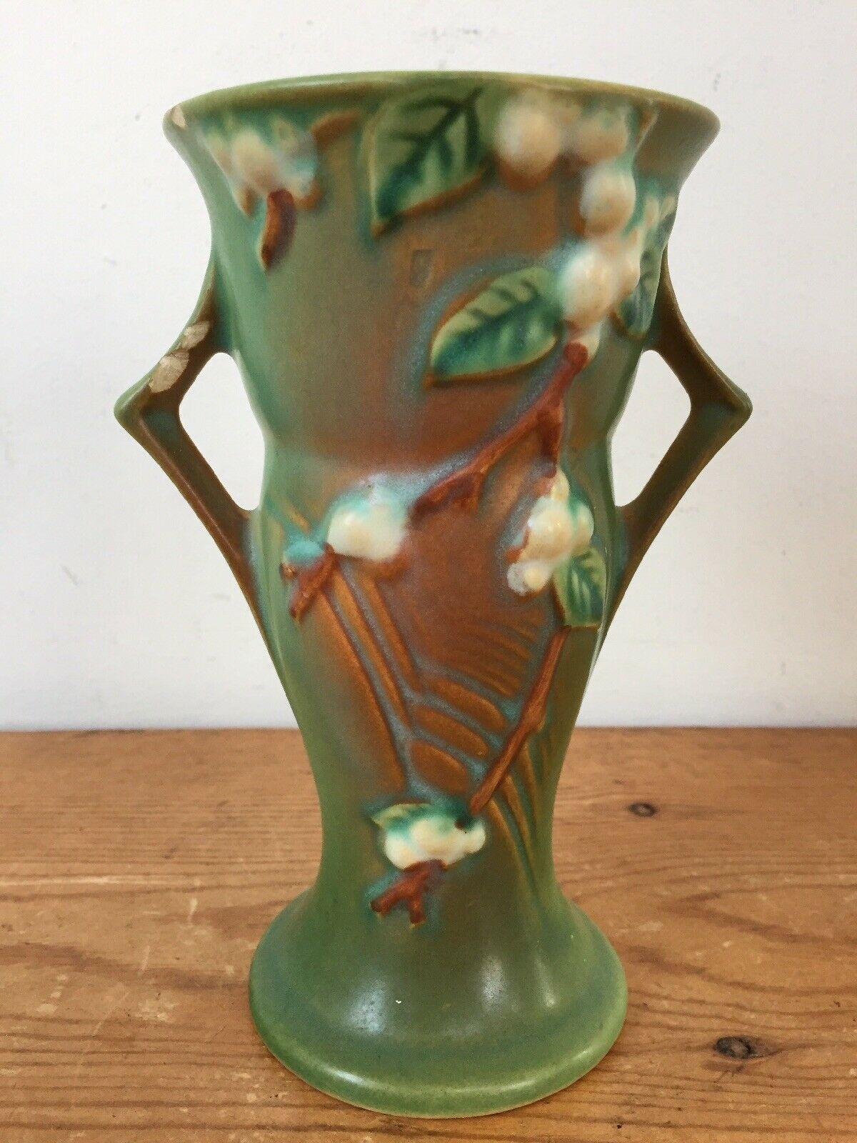 """Vintage 1940s Roseville Art Pottery USA V-6 Green Winterberry Handled Vase 6"""" - $100.00"""