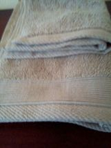 NATE & BERKUS 2Pc  Towel Set 100%Cotton 1 HAND Towel & 1 Washcloth  KHAKI TAN- image 3
