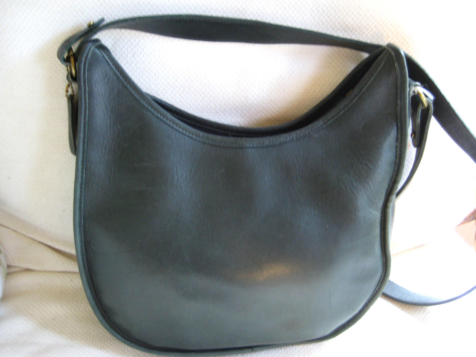 c0ab61a9db77 57. 57. Previous. AUTH COACH 9920 Vintage Beckett Zip Bag Dark Green  Leather Shoulder Bag NICE