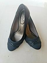 LifeStride Women's Pascal Round toe dress pump 7W Navy Blue Comfort Flex - $34.99