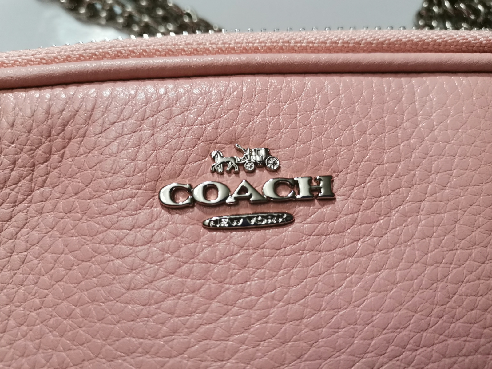 NWT Coach F72490 Pebble Leather Crossbody Pouch With Chain In Silver/Petal