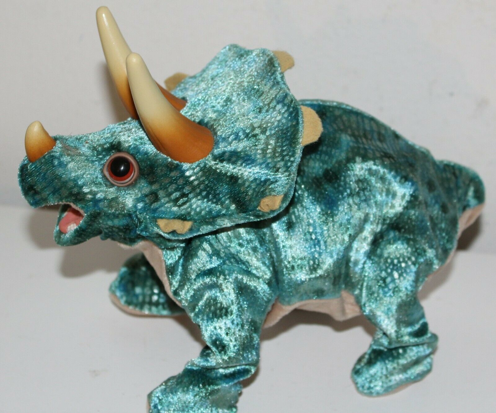 Dinosaur Triceratops Hasbro Playskool 2008 Battery Operated Moving, Sounds - $17.81