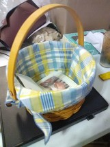 Longaberger Warm Memories Basket with Cloth Liner  and Movable Handle - 2002 - $11.91