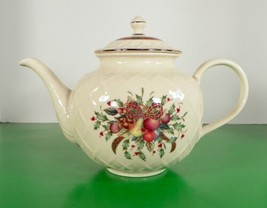 Lenox HOLIDAY TARTAN Teapot with Lid 5-Cup Plaid Ribbon Holly Berry - $96.97
