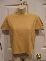 never worn  newport news yellow gold 100% cotton short crop  Sleeve top ... - $2.96
