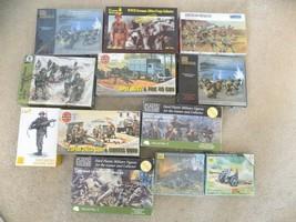 Lot of (12) Vintage Famous Brand Military Plastic Model Kits-Airfax-Pega... - $74.25