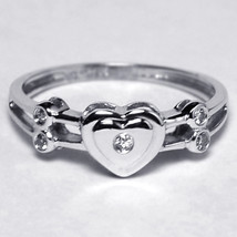 Diamond Heart Shape Promise Band Ring Womens 14K White Gold Bezel Set Cu... - $299.00