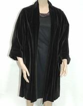 Swing Coat Black Velvet Clutch Overcoat Vintage 1950s - $91.63