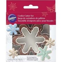 Wilton 3 Pc Nesting Snowflake Metal Cookie Cutter Set Snowflakes - $5.69