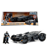 2017 Justice League Batmobile with diecast Batman Figure 1/24 Diecast Mo... - $51.94