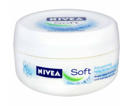 Nivea Soft Light Moisturising Cream VITAMIN E for smooth skin 200ml FRES... - $13.85