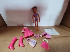 Polly Pocket Winter Cool Shani 2003 - $8.00