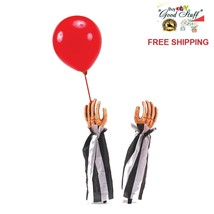 SPOOKY National Brand Clown Hands w Red Balloon Halloween Party Outdoor ... - $461,65 MXN