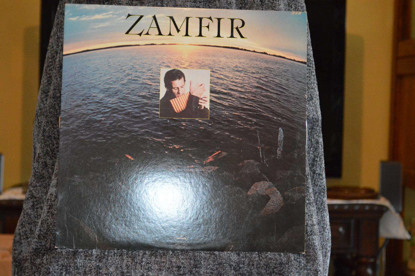 Christmas With Zamfir and Zamfir, vinyls