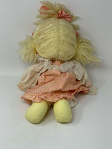 Applause Precious Moments Collectible Cloth Doll Heather #4562 with Locket image 7