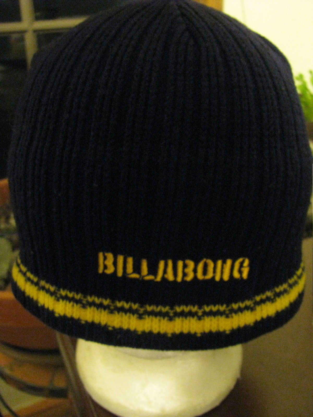 d69f96041b Knit Cap hat Beanie BILLABONG knit cap tossel cap Beanie Pom Pom winter hat  -  14.83