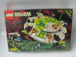 Lego System 6975 Space UFO Alien Avenger With Box, NEW Complete - $197.99