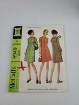 1967 Vintage MCCALL'S 8949 Misses' Dress 2 Versions Size 10-12 Bust 31-32 - $8.50