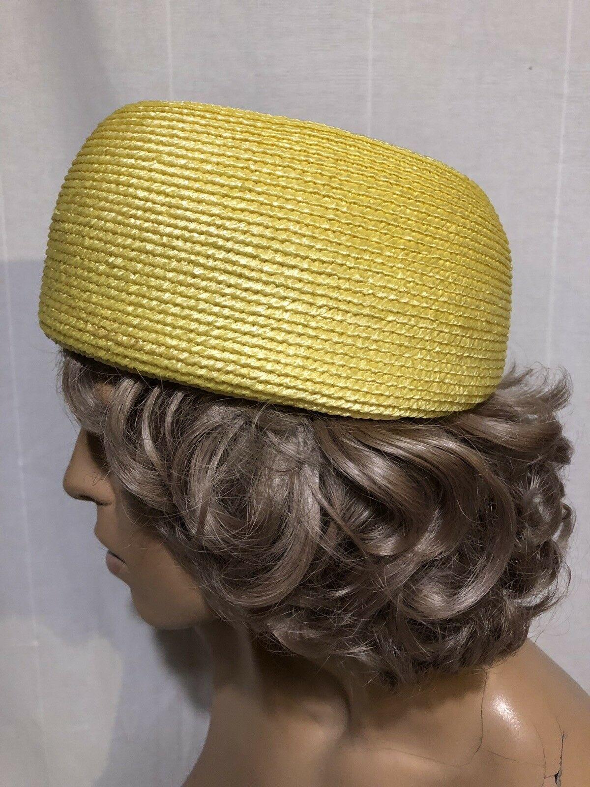 Vintage Bright Yellow Pillbox Women's Hat & Hat Box-EXCELLENT Condition 1960's