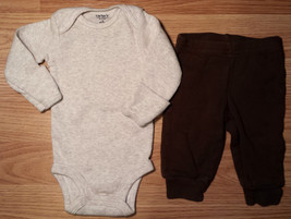 Boy's Size NB Newborn Carter's Two Piece Cream Ribbed L/S Top & Brown Pants - $16.50