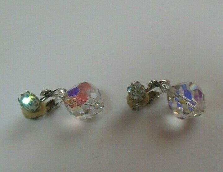 Vintage Signed Laguna Crystal Faceted Dangle Ball Clip-on Earrings