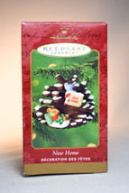 Hallmark - New Home - Mouse in a Pine Cone - 1999 Keepsake Ornament - $11.77