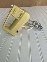 Vintage General Electric GE Hand Mixer Whip Mix Stir D1M24 Tested & Work... - $21.65