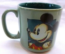Disney Mickey Mouse Coffee Mug!! Green Disney Mug  - $6.92